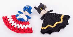 Free amigurumi pattern Captain America and Batman snuggle designed by Dendennis