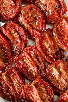 Slow-roasting transforms a great tomato, or even a not-so-great tomato into a luscious, flavor-dense, chewy treat. They stand alone in a… Slow Roasted Tomatoes, Roasted Vegetables, Fruits And Veggies, Roasted Tomatoe Recipe, Roast Tomatoes In Oven, Sun Dried Tomatoes, Sundried Tomato Recipes, Freezing Tomatoes, Preserving Tomatoes