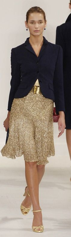 Gold skirt by Ralph Lauren Couture Mode, Couture Fashion, Ralph Lauren Style, Casual Elegance, Hot Pants, Ballerinas, Timeless Fashion, Chic Outfits, Beautiful Outfits