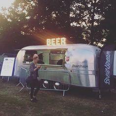 #Beer #craftbeer #airstream #tapwall #mobilebar #events Mobile Bar, Airstream, Food Truck, Craft Beer, Events, Drinks, Instagram Posts, Drinking, Beverages