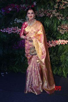 Mumbai: Virat Kohli Anushka Sharma& wedding reception Rekha - Social News XYZ Half Saree Designs, Fancy Blouse Designs, Bridal Blouse Designs, Silk Saree Kanchipuram, Banarsi Saree, Rekha Saree, Sabyasachi, Saree Wearing Styles, Saree Styles