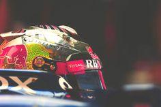 Vettel (Yas Marina 2012) - Side