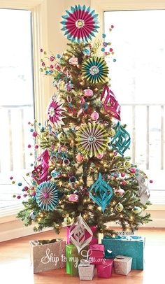 Colorful Christmas Tree /Christmas decorations/Christmas decorating style/