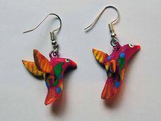 Un favorito personal de mi tienda de Etsy https://www.etsy.com/mx/listing/521321368/alebrije-earrings-birds-wood-handmade-in