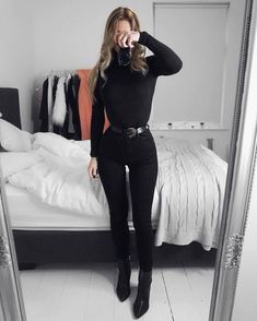 Pin by Pro Blo Group on All Black Everything in 2019 Trendy Outfits, Cute Outfits, Fashion Outfits, Womens Fashion, Fashion Fashion, Fall Winter Outfits, Winter Fashion, Look Star, Vetement Fashion