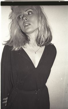 Blondie singer Debbie Harry backstage before a gig at the Village Bowl, Bournemouth, England, United Kingdom, photograph by Lawrence Impey. Alison Moyet, Katie Melua, Blondie Debbie Harry, Stevie Ray Vaughan, David Gilmour, Keith Richards, Freddy Krueger, Def Leppard, Iconic Women