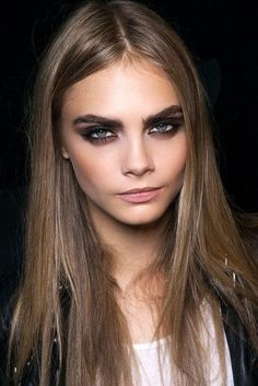 cara delevingne {dirty blond hair color} Fashion model ...