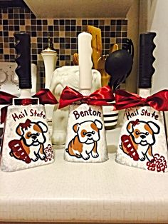 Mississippi state hand painted baby bulldog bells! #hailstate #godawgs