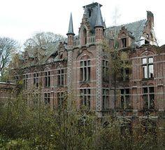 Palais abandonné en Belgique