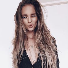All about style, fashion and beauty Summer Hairstyles, Messy Hairstyles, Pretty Hairstyles, Love Hair, Gorgeous Hair, Corte Y Color, Dream Hair, Hair Day, Ombre Hair