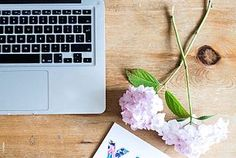 5 SIMPLE WAYS TO GIVE YOUR BLOG A REFRESH