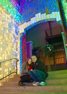 Disney World Christmas Card Photo Locations - Where to take that perfect photo for your Christmas cards
