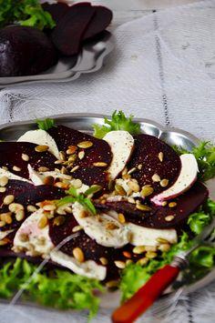 Przepisy na letnie sałatki - Damsko-męskie spojrzenie na kuchnię Caprese, Mozzarella, Salad, Bulgur, Salads, Lettuce