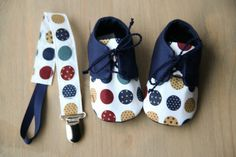 Baby boy gift SET navy blue / cream shoes by MartBabyAccessories - Baby Boy Shoes - Ideas of Baby Boy Shoes Baby Boy Shoes, Baby Boy Outfits, Baby Boy Gifts, Baby Shower Gifts, Baby Diy Projects, Baby Boy Accessories, Grey Baby Shower, Christening Outfit, Cream Shoes