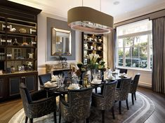 Chester Square, Belgravia, London, a Luxury Home for Sale in London, London And Vicinity - Luxury London, Dining Room Design, Decor, Luxury Homes, Luxury Dining, Home, Luxury Dining Room, Elegant Dining, Home Decor