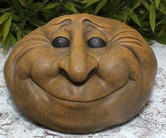 Ceramic Pottery, Pottery Art, Zbrush, Dremel Carving, Tree Faces, Clay Mugs, Clay Faces, Polymer Clay Projects, Recycled Art