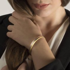 Bangle Square Profile Bangle Textured Personalised925 Bangle Bracelets, Bangles, Rose Gold Plates, Love Fashion, 18k Gold, Cool Designs, Handmade Jewelry, Jewelry Making, Pearl Earrings