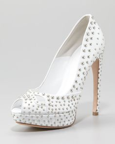 ALEXANDER MCQUEEN  Studded Leather Pump