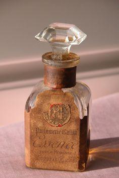 "1923 Perfume Bottle by Roger & Gallet ""Essence"""