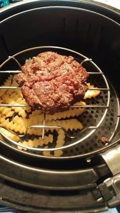 Air Fryer Recipes Discover Air Fryer Burger and Fries The Most Popular: Air Fryer Burger and Fries Air Fryer Recipes Salmon, Air Fryer Recipes Beef, Power Air Fryer Recipes, Air Frier Recipes, Power Airfryer Xl Recipes, Power Air Fryer Xl, Nuwave Air Fryer, Hamburger And Fries, Cooks Air Fryer