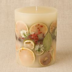 "Rosy Rings Rosewood & Red Berries 9.5"" Big Round Candle"