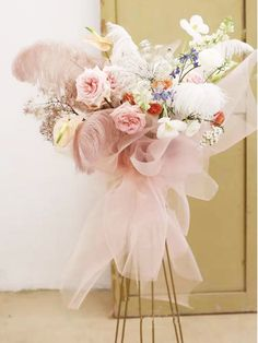 Pink Flower Bouquet, Pink Flowers, Flower Stands, Flower Boxes, Deco Floral, Floral Design, Congratulations Flowers, Balloon Flowers, Luxury Flowers