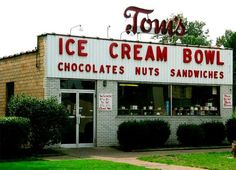 Tom's Ice Cream Bowl in Zanesville, Ohio. This is not only a family tradition with us - it is nationally acclaimed!