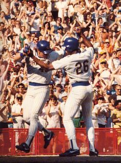 Throwback Thursday: Easter Sunday, 1987.  Rob Deer's 3-run home run in the bottom of the ninth ties the game, leading to the #Brewers' 12th win in a row. Celebrate this moment in #Brewers history on Sunday at Rob Deer Bobblehead Day.