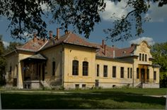 Széll kastély Palaces, Hungary, Budapest, Castles, Mansions, House Styles, Home Decor, Decoration Home, Palace