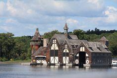 [C010] Boldt Castle Yacht House by MANGO-stock