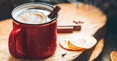 Looking for the best damn hot toddy recipe ever? Here& a video guide on how to make a hot toddy and the history behind this delicious hot cocktail. Hot Toddy Recipe For Colds, Best Christmas Cocktails, Honey Syrup, Winter Drinks, Christmas Cooking, Classic Cocktails, Base Foods, Food And Drink, Punk