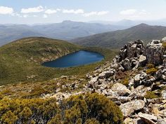 Hartz Peak - Hartz Lake - Generally speaking, south-west Tasmania is not known for walkers, but they don't know how much they have missed as Australia's most magnificent alpine walking area is found here. One of which is the Hartz Peak in the Hartz Mountains National Park.