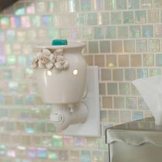 Scentsy Plug In Warmer - Flower Girl  https://scents2phythian.scentsy.us/Scentsy/Buy/Collection/668