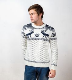 Be a Christmas party rockstar or surpriseyour loved one with this handsomegift of love! Made of 75% Australian merino wool, this reindeer-patterened sweateris warm and soft to your skin. Handmade and cute, it is who you are - bright and special!    - Materials: 75% wool, 25% acrylic  - Handmade  - Turtleneck (high neck)  - Selfie-friendly    ***Sizes    Please note that our sizes run a bit smaller than regular North American sizes.    To determine what size will best fit you, open the…