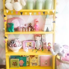 After a couple of days with chaos we have finally organized her shelf Now it's time for coffee with my love and maybe a power nap #myfamilyandhome #kidsroom #kidsinterior #kidsperation #instakids #inspoforkiddos #inspoforflickor #littleone____ #nordickidsliving #barnrummet #barnrumsinspo #barnrumsinredning #mittbarnerom #kinderzimmer #interior by myfamilyandhome