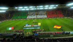 Stadio Friuli: Italien-Spanien