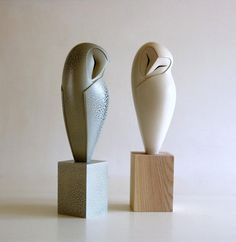 Anthony Theakston - Ceramic sculpture inspired by the avian world.Brilliant DIY Ceramic Art Ideas for Decorate the Room to be more Alive -I like it due to structure that kind of represents the likeness of a owl and the faceThe Open Eye Gallery is a commer Stone Sculpture, Bird Sculpture, Abstract Sculpture, Sculpture Ideas, Ceramic Birds, Ceramic Animals, Ceramic Pottery, Ceramic Art, Stone Carving