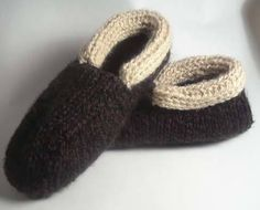 These knitted cabin slippers for men would be perfect for a Father's Day gift or just for yourself.
