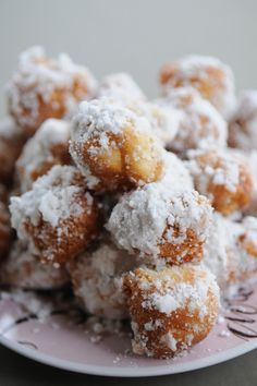 diy donut holes-one of my fav recipes (biscuits, oil, powdered sugar) BB & I used to make these when I was little!! I love them!