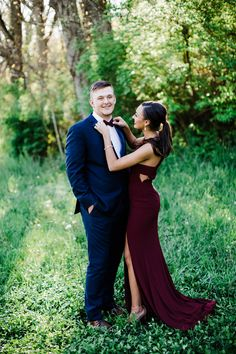Navy and maroon color palette. Navy and maroon color palette. Prom Pictures Couples, Homecoming Pictures, Prom Couples, Prom Photos, Dance Pictures, Prom Pics, Couple Pictures, Teen Couples, Maternity Pictures