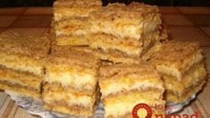 Kiev creamy - Soft, simple and heavenly - Delicious food, cheap recipes Hungarian Desserts, Hungarian Recipes, Sweet Cookies, Cheap Meals, Cheap Recipes, Desert Recipes, International Recipes, Coffee Cake, Cake Recipes