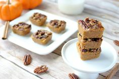 These yummy pumpkin pie bites are low carb & sugar/gluten/dairy free! Inspired by fall and bursting with flavor. They're great as fat bombs or as dessert!