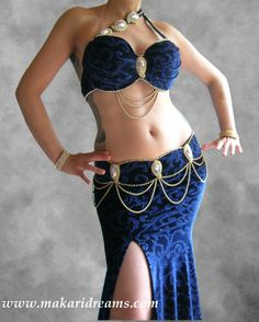 http://www.makaridreams.com/ Belly dance costume for professional belly dancers. Extremely elegant design, decorated with Swarovski crystals and pearls, and high quality glass diamante'. The fabric is an amazing Italian velvet with arabesque glitter pattern. Costume available also in other colors on request.  By Atelier Makari Dreams Belly Dance Costumes.  Order online: http://www.makaridreams.com/