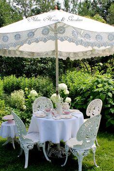 teatime.quenalbertini: You Are Invited to A Garden Tea Party   Aiken House & Gardens warrengrovegarden.blogspot.cl/2015/07/your-invited-garden-party-tea.html