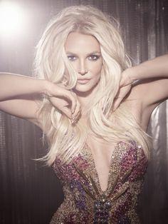 """Nous y sommes ! ENFIN. Après le tiède succès de Britney Jean, Britney Spears dévoilera son nouvel album prochainement et le premier single """"Make me (ooh)"""" sera envoyé aux radios le 20 mai ! Et puisqu'une bonne nouvelle n'arrive jamais seule, la chanteuse..."""