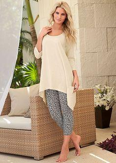 This pajama set has pockets. Nuff' said. Venus leopard print sleep set.