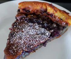 Clafoutis aux bleuets du Québec - Recette facile Dessert Simple, Pie, Desserts, Food, Large Plates, Blueberry, Torte, Tailgate Desserts, Cake
