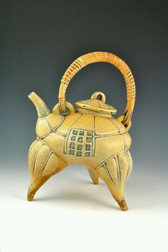 Glenn Dair Atlanta GA Yellow Tripod Teapot with Reed Handle 11x8x7 Raku Stoneware, ^10 reduction