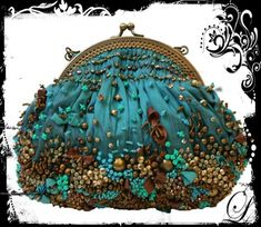 Beaded purse of teal fabric and bead detailing in brown, latte, and complementary sea tones. Vintage Purses, Vintage Bags, Vintage Handbags, Beaded Purses, Beaded Bags, Mary Frances Handbags, Diy Sac, Frame Purse, Embroidered Bag