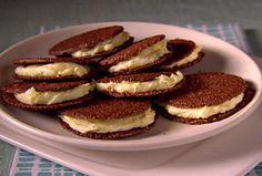 Italian Chocolate Sandwich Cookies Foodnetwork Giada De Laurentiis